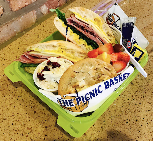 Picnic Basket Libertyville : Gourmet box lunches the picnic basket restaurant
